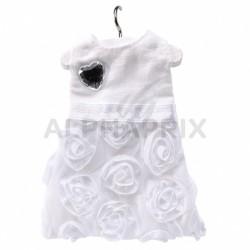 Robe blanche sur cintre Princesse en stock