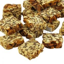 Nougatine arachides cassée nue kg en stock